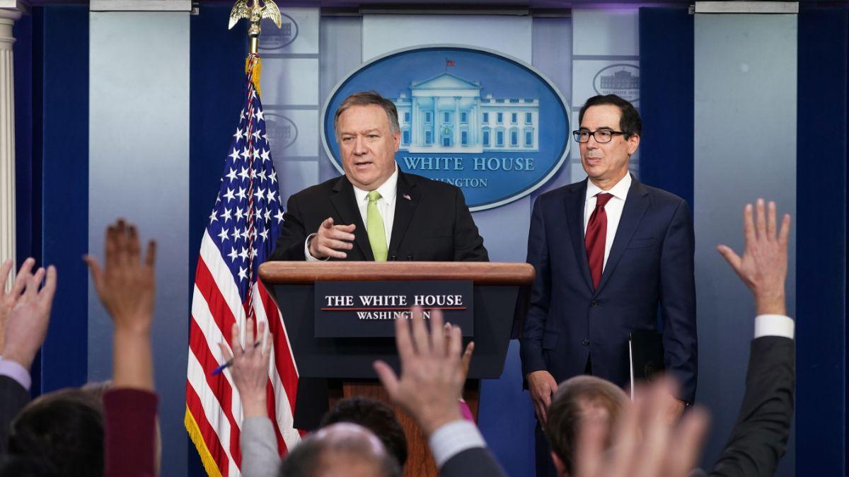 El secretario de Estado de Estados Unidos, Mike Pompeo, y el secretario del Tesoro, Steven Mnuchin, anuncian sanciones contra Irán. (Reuters)