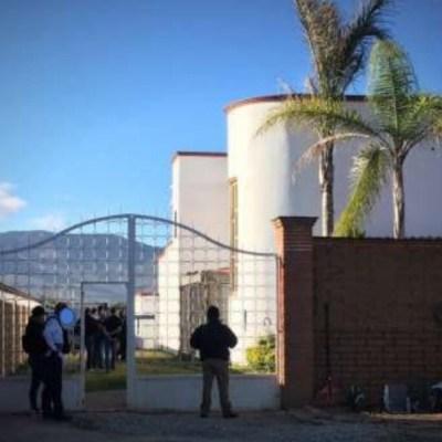 Fiscalía de Oaxaca asegura animales exóticos, armas y vehículos durante cateo
