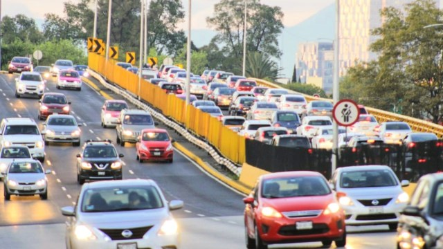 Foto: Este lunes Hoy No Circula aplica para los vehículos con engomado amarillo, terminación de placas 5, 6 hologramas de verificación 1 y 2