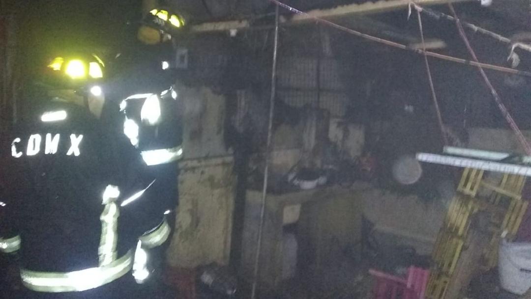 Foto: Se incendia el Mercado de las Flores de Xochimilco, 19 enero 2020