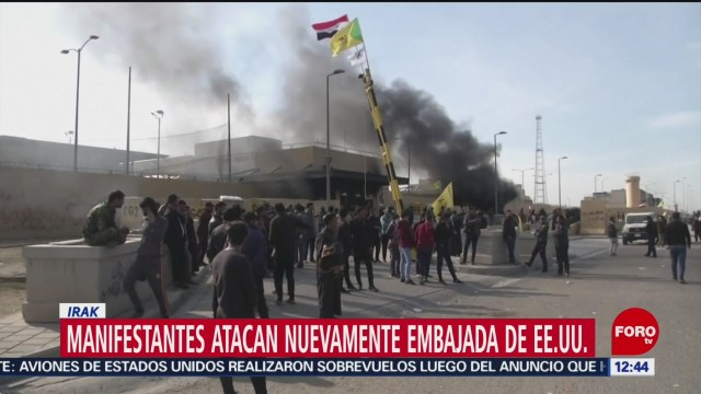 FOTO: manifestantes atacan embajada de eeuu en bagdad por segundo dia consecutivo