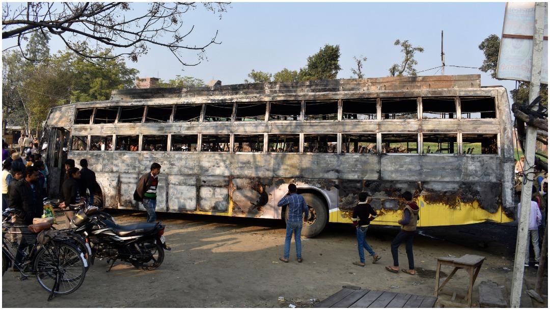 Foto: Al menos 20 personas fallecieron tras accidente de autobús en India, 11 de enero de 2020 (AP)