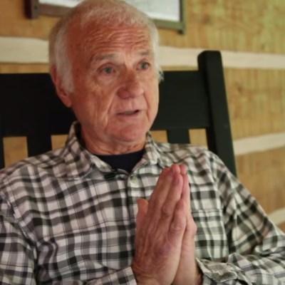 De sacerdote a actor porno: la historia de Norm Self