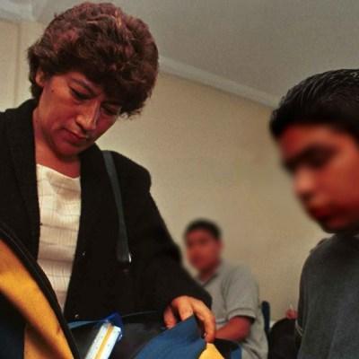 Para reducir violencia hace falta más que 'Mochila Segura', dice AMLO