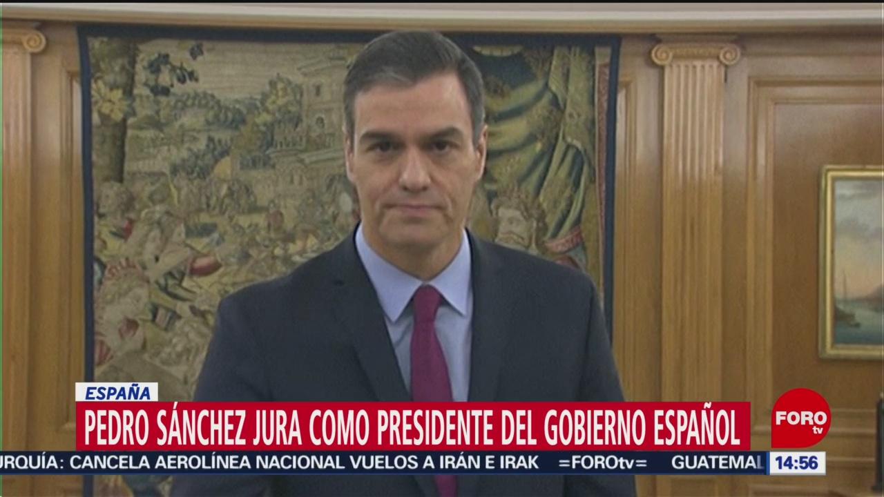 FOTO: pedro sanchez jura como presidente del gobierno espanol