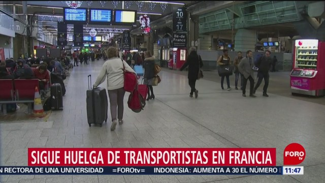 Foto: sigue la huelga de transportistas en francia