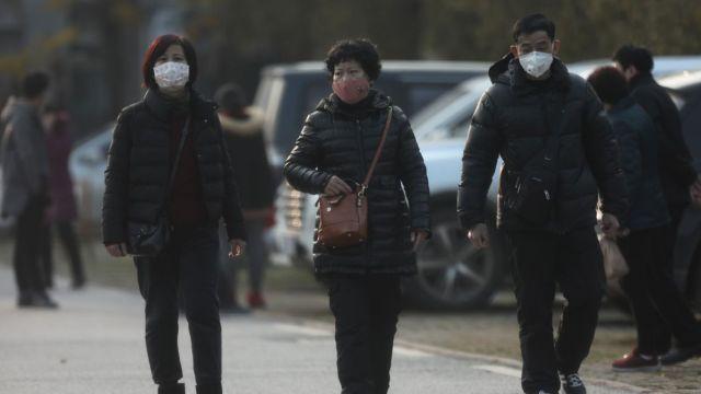 FOTO: China prohíbe a los ciudadanos de Wuhan salir por el coronavirus, el 22 de enero de 2020