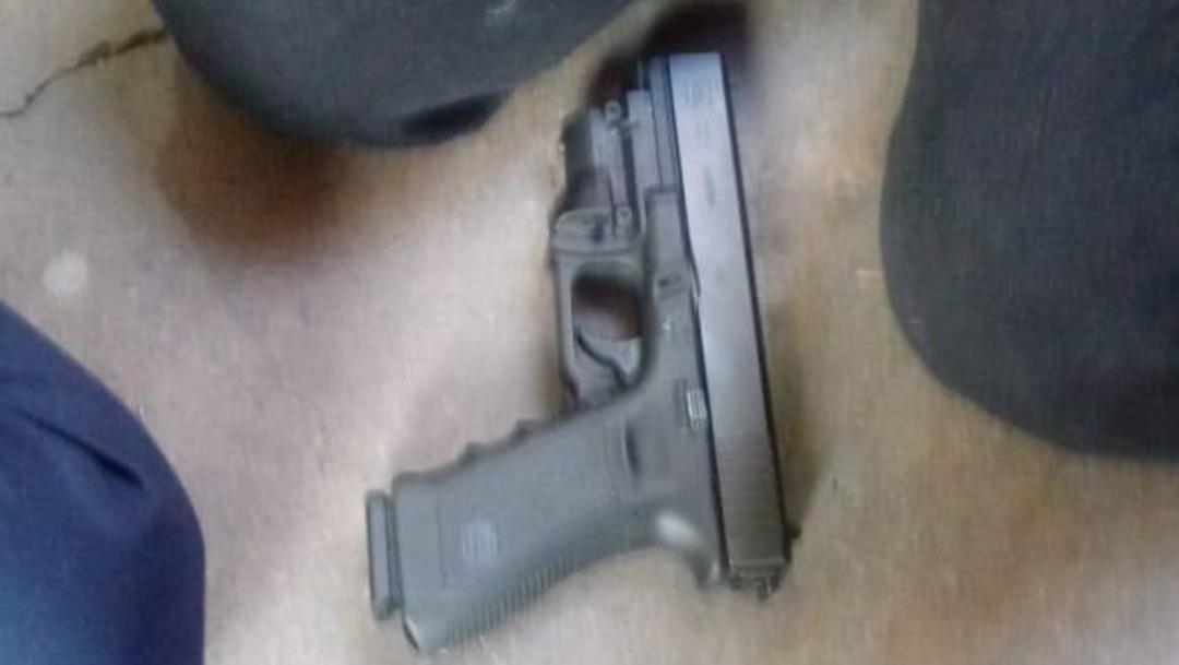 FOTO Estudiante que desató tiroteo en colegio de Torreón llevaba dos pistolas, dice alcalde (Cuartoscuro)