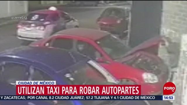 FOTO: utilizan taxi para robar autopartes
