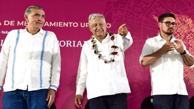 Foto: Nosotros sí respetamos a los maestros: AMLO, 15 de febrero de 2020, (Presidencia de la República)