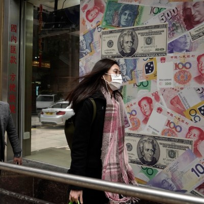 Coronavirus provoca que desinfecten y destruyan el dinero en China