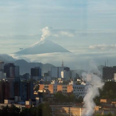 Alertan por caída de ceniza del Popocatépetl en 10 alcaldías de CDMX