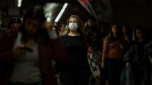 FOTO ¿Qué hacer y cómo cuidarse si el coronavirus llega a México?; en la imagen, el metro de Sao Paulo (Getty Images)