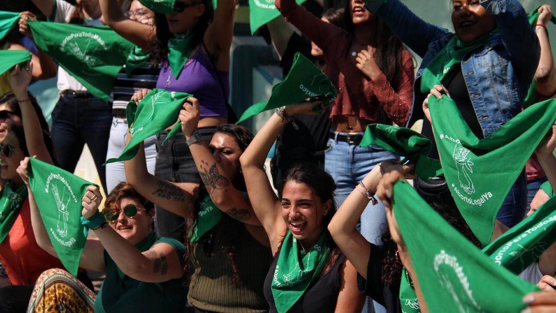 Foto: Colectivos feministas se manifiestan en la Ciudad de México, 21 febrero 2020