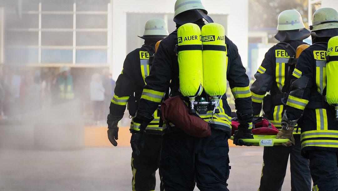 Bomberos premiarán a niño que salvó a su familia de un incendio