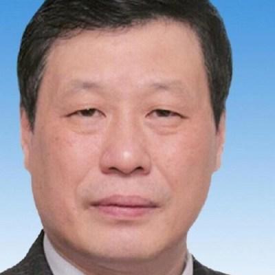 Por crisis de coronavirus, remueven a líder político de Hubei, China