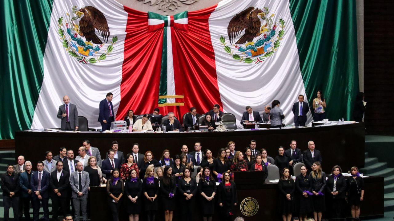 Foto: Protestan en la Cámara de Diputados. Cuartoscuro