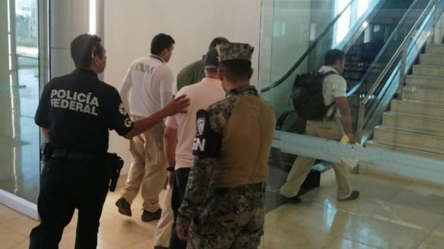 Foto: Como parte de la cooperación de seguridad entre México y Estados Unidos, el hombre fue detenido en el aeropuerto internacional del estado, mismo quien cuenta con una orden de aprehensión por los delitos de fraude y robo de identidad en Florida