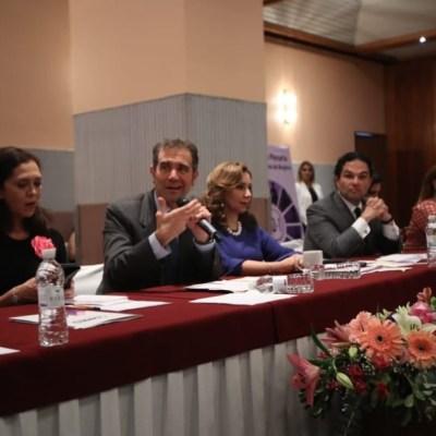 Grupo de poder intenta controlar órganos electorales, afirma Lorenzo Cordova