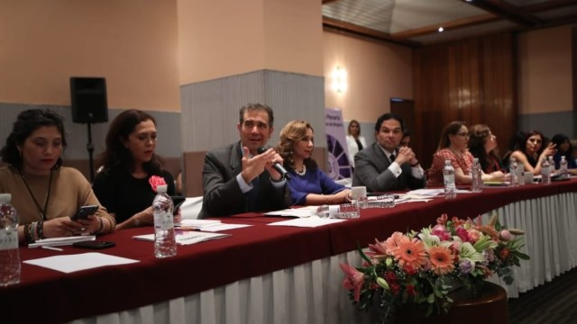 Grupo de poder intenta controlar órganos electorales: INE