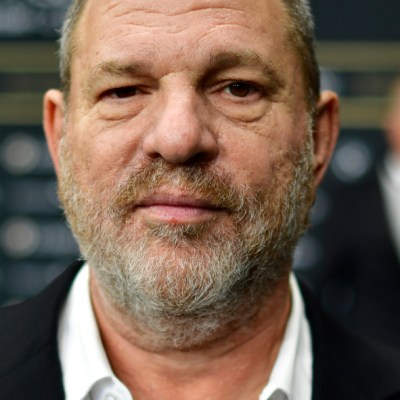 Declaran culpable de violación y agresión sexual criminal a Harvey Weinstein