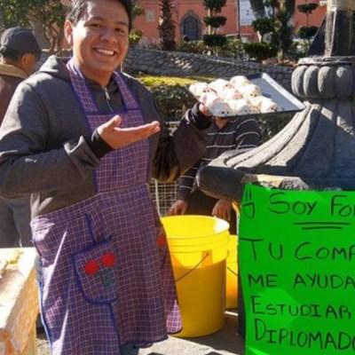 Joven vende gelatinas para poder pagarse un diplomado de la ONU