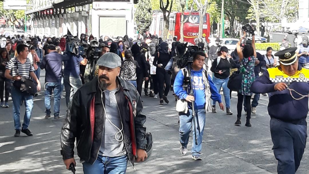 marcha unam insurgentes (1)