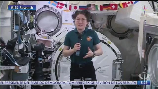 mujer astronauta rompe record de estancia en el espacio