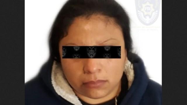 Detienen a mujer que prostituía a su hija de 13 años
