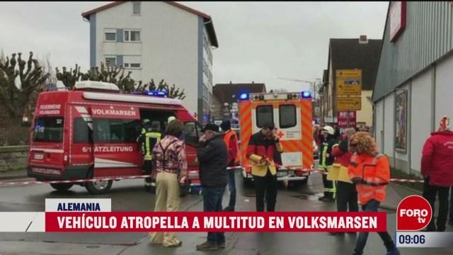 vehiculo atropella a multitud en volksmarsen
