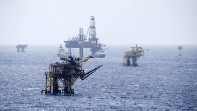 Foto: AMLO resalta producción adicional de petróleo pese a caída de precios