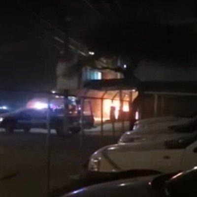 Atacan dos taquerías y lotes de autos en Celaya, Guanajuato
