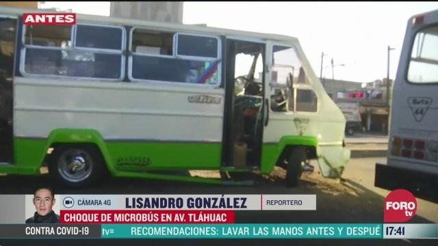 FOTO: choque de microbus deja 4 heridos en avenida tlahuac