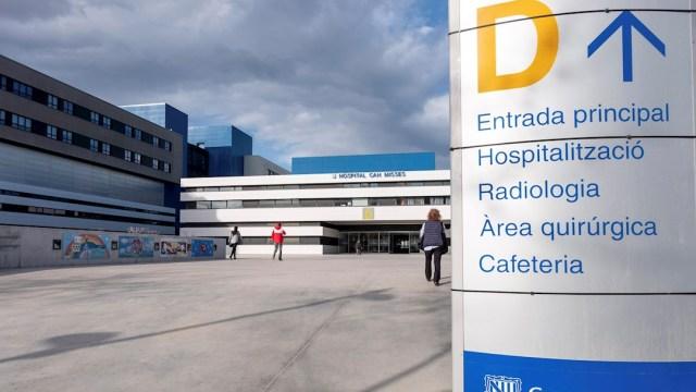 Foto: Entrada del Hospital de Can Misses en Ibiza tras casos de coronavirus, 7 MARZO 2020