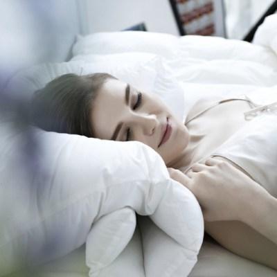 ¿Qué es la higiene del sueño y cómo potenciarla durante el aislamiento?