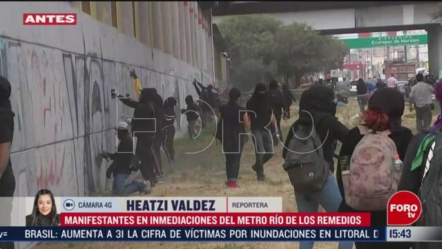 Foto: Encapuchados Realizan Pintas Metro Río Los Remedios 6 Marzo 2020
