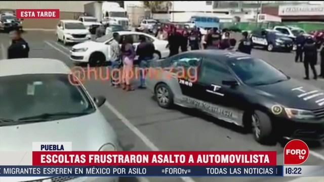 FOTO: escoltas frustran asalto contra mujer en puebla