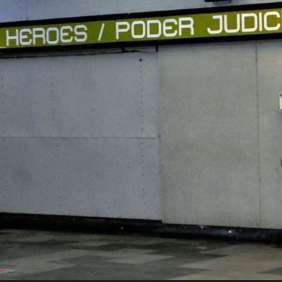 Mueren mujer y niño tras arrojarse a vías del Metro de CDMX