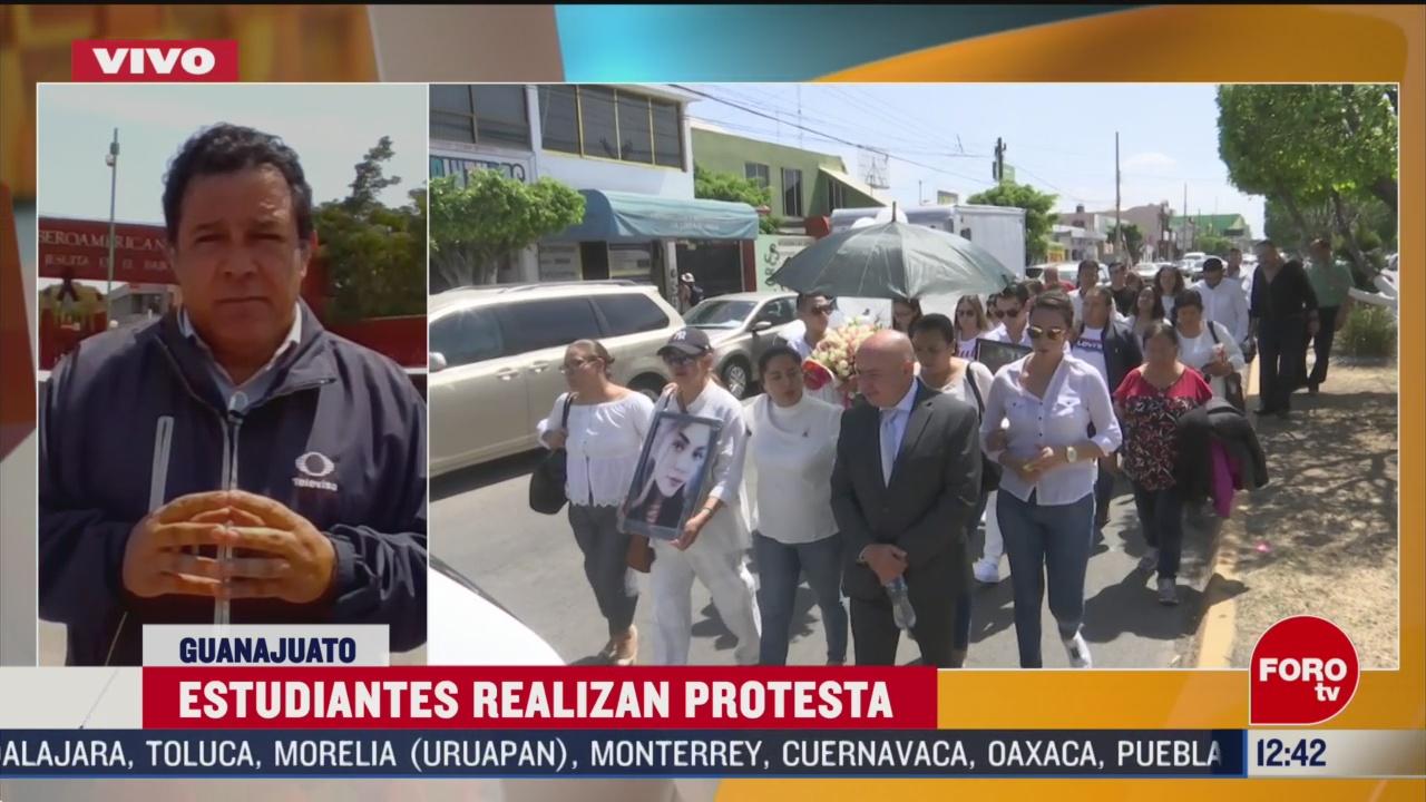 estudiantes protestan en leon tras asesinato de jovencita alumna de la ibero