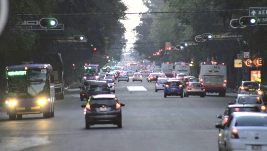 Imagen: El programaHoy No Circulaaplica estejueves 12 de marzopara los automóviles conengomadoverde, terminación deplacas1 y 2, y que cuenten con holograma deverificación1 y 2