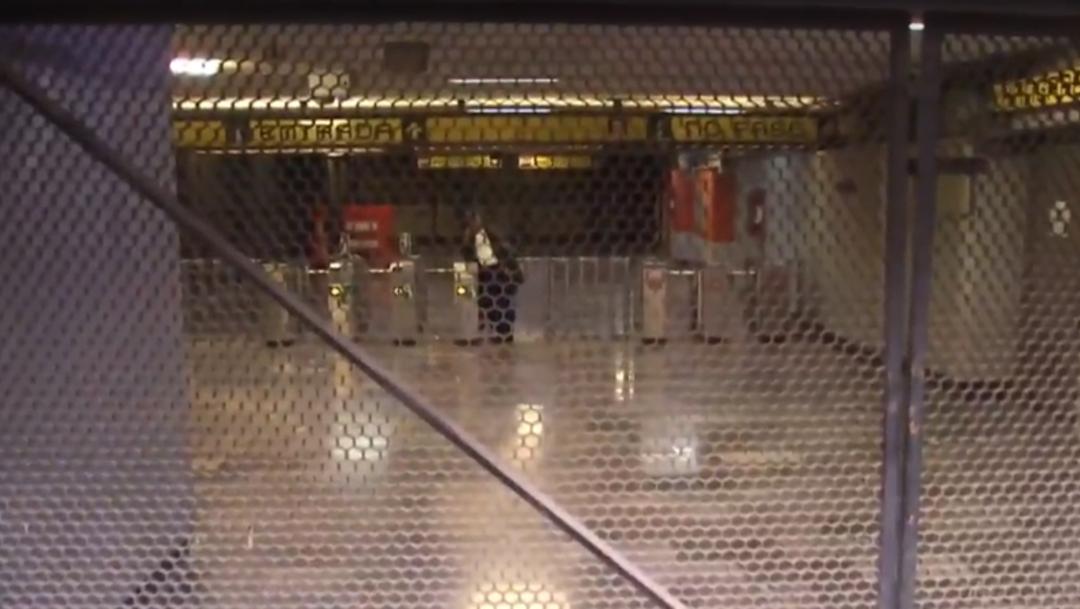 FOTO Por tiempo indefinido, cierre en tres estaciones de Línea 5 Metro CDMX tras fuga de combustible (Noticieros Televisa)