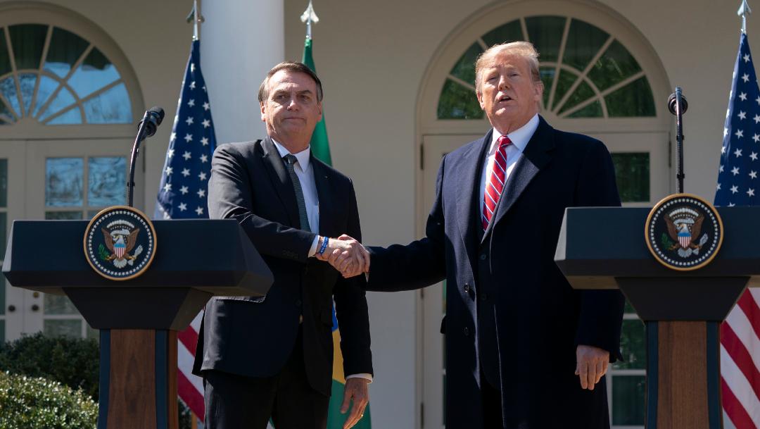 FOTO: Trump no está preocupado por contagio de coronavirus tras reunión con Bolsonaro, el 12 de marzo de 2020
