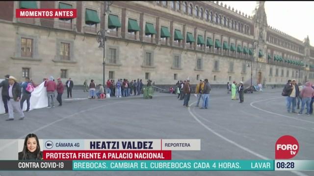manifestantes protestan en palacio nacional