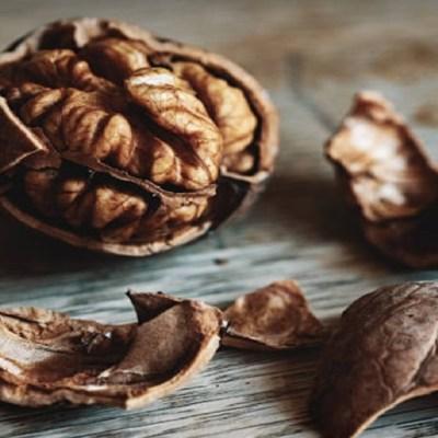 Nueces: Propiedades y beneficios para la salud de comer este delicioso fruto seco