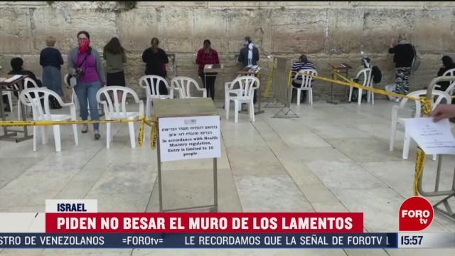 FOTO: 16 marzo 2020, piden a fieles no besar el muro de los lamentos por coronavirus