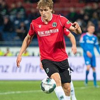 Timo Hubers, futbolista alemán, da positivo a coronavirus