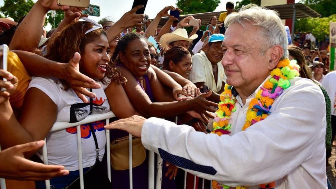 Foto: AMLO confía que premio de rifa de avión quede entre los más pobres, 13 de marzo de 2020 (Presidencia de la República)