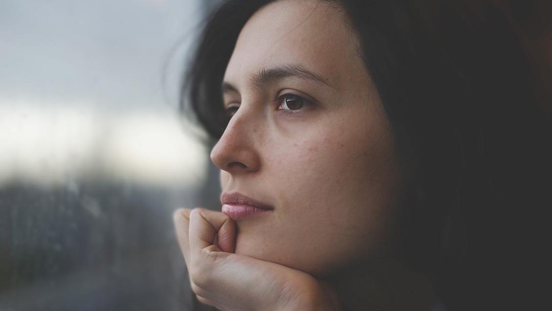 Por qué es tan difícil dejar de tocarse la cara? – Noticieros Televisa
