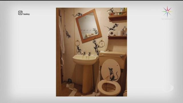 Foto: Banksy Pinta Ratas Baño Casa Ante Confinamiento Coronavirus 16 Abril 2020