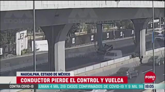 FOTO:12 de abril 2020, captan volcadura de vehiculo tras chocar con barra de contencion en el edomex